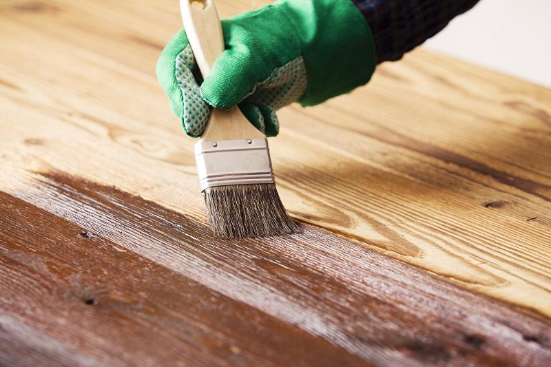Bejcowanie drewna. Co warto wiedzieć?